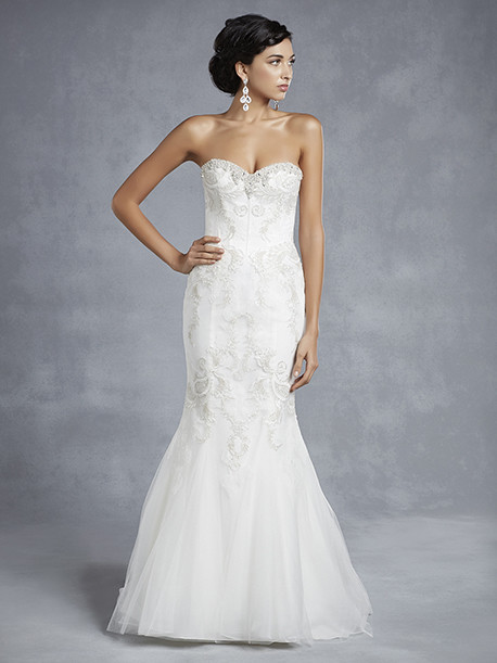 beautiful-by-enzoani-weddingstyles-15-23-voorkant