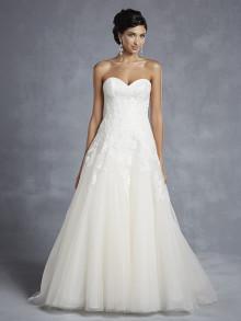 beautiful-by-enzoani-weddingstyles-15-3-voorkant