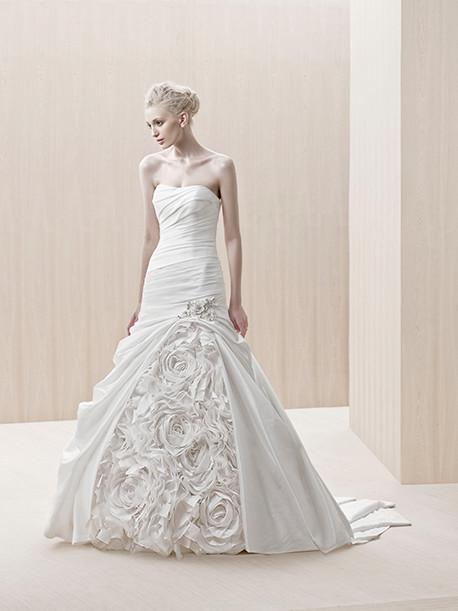 blue-by-enzoani-weddingstyles-edinburgh-voorkant