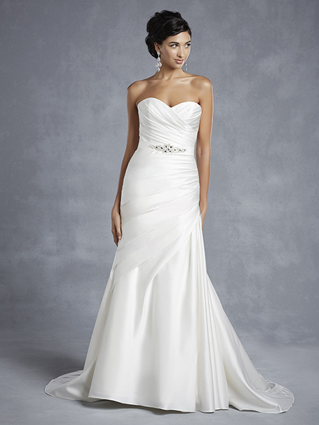 beautiful-by-enzoani-weddingstyles-15-4-voorkant