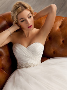 cosmobella-weddingstyles-7804-voorkant-close-up2