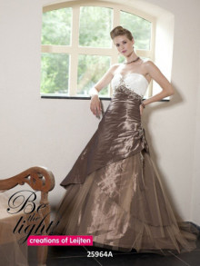 creations-of-leijten-weddingstyles-25964-voorkant-beige