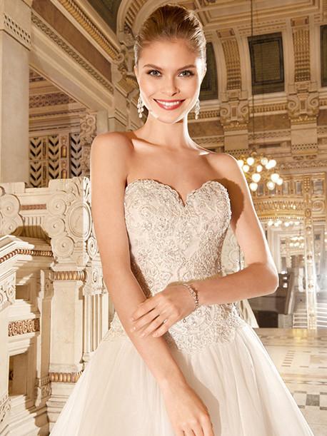 demetrios-weddingstyles-4330-close-up