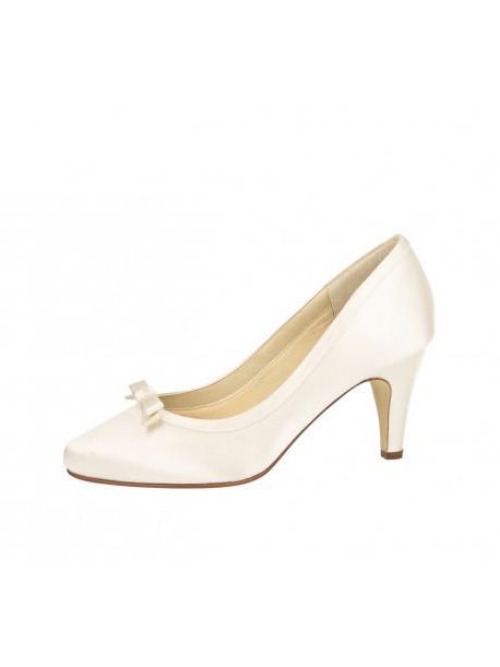 elsa-coloured-shoes-weddingstyles-daisy