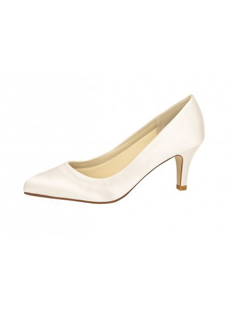 elsa-coloured-shoes-weddingstyles-lottie