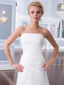 lilian-west-weddingstyles-6296-close-up