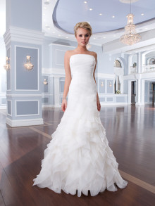 lilian-west-weddingstyles-6296-voorkant