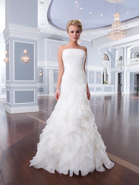 lilian-west-weddingstyles-6296-voorkant