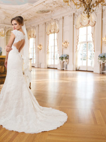 lilian-west-weddingstyles-6345-achterkant