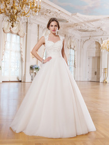 lilian-west-weddingstyles-6360-voorkant
