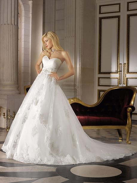 miss-kelly-miss-paris-weddingstyles-151-27-voorkant