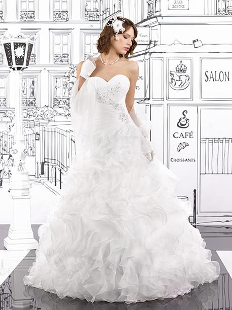 miss-kelly-star-miss-paris-weddingstyles-153-21-voorkant