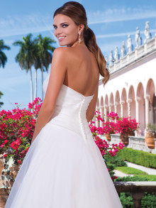 sweetheart-weddingstyles-6042-achterkant-close-up