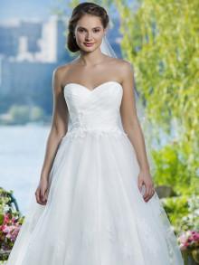 sweetheart-weddingstyles-6085-voorkant-close-up