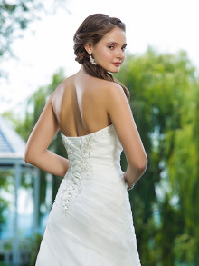 sweetheart-weddingstyles-6088-achterkant-close-up