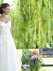 sweetheart-weddingstyles-6090-voorkant-3