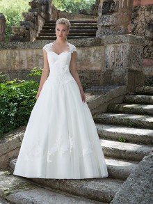 sincerity-weddingstyles-3904-voorkant