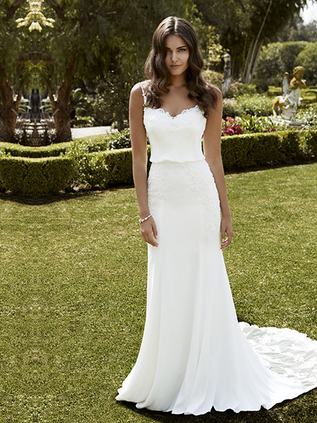 blue-by-enzoani-weddingstyles-ibarra-voorkant