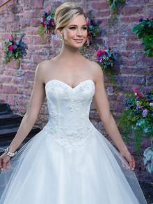 sincerity-weddingstyles-3870-voorkant-close-up