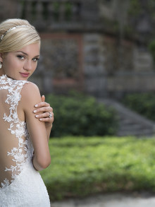 sincerity-weddingstyles-3885-achterkant-close-up-zij
