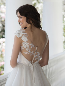 sincerity-weddingstyles-3968-achterkant-closeup