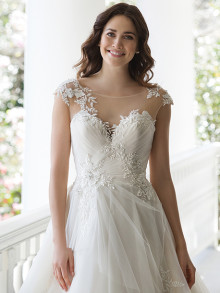 sincerity-weddingstyles-3968-voorkant-closeup