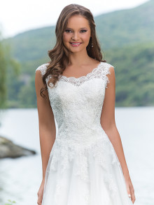 sweetheart-weddingstyles-6143-voorkant-closeup