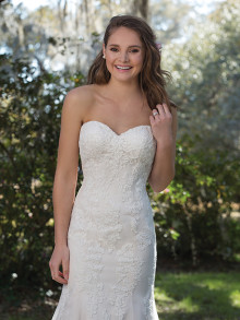 sweetheart-weddingstyles-6167-voorkant-closeup