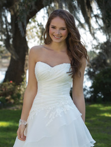 sweetheart-weddingstyles-6182-voorkant-closeup
