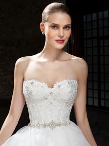 cosmobella-weddingstyles-7820-voorkant-closeup