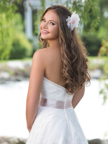 sweetheart-weddingstyles-6160-achterkant-closeup