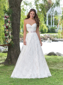 sweetheart-weddingstyles-6160-voorkant