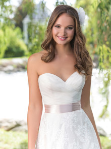 sweetheart-weddingstyles-6160-voorkant-closeup