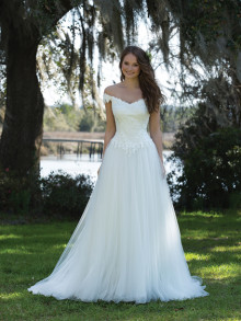 sweetheart-weddingstyles-6186-voorkant