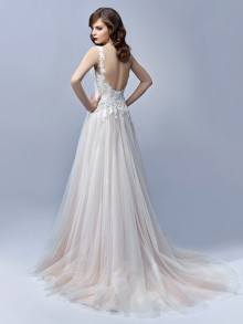 Beautiful by Enzoani BT 17-03