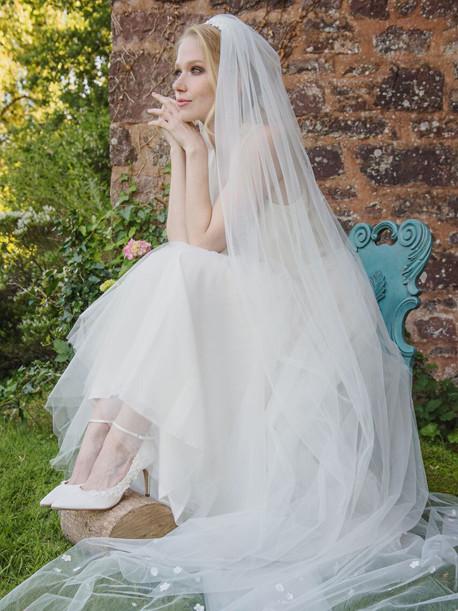 weddingstyles-elsa-coloured-shoes-sarteano
