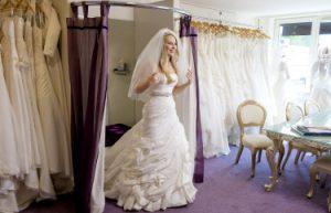 Tips voor bruidsjurken passen