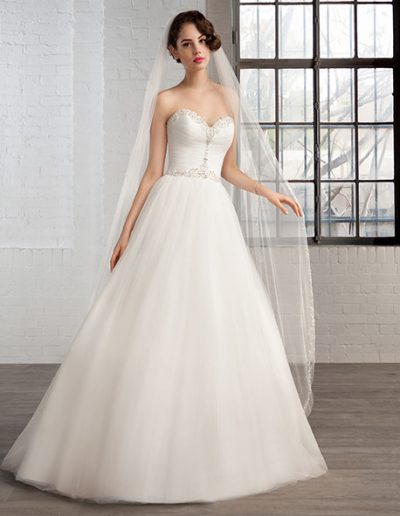 trouwjurk-cosmobella-weddingstyles-7767-voorkant-1-458x611